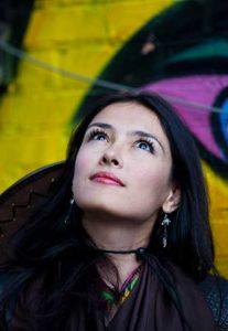 Alina Dadaeva. La poesía en el mundo apocaLÉCTICO
